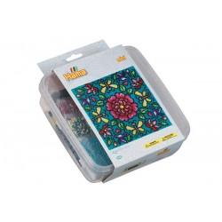 Blomstermønster. Pakke med 10500 miniperler og fire perleplader