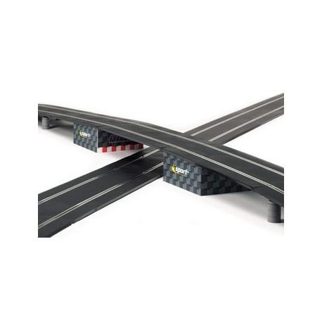 Bro i pap til understøtning af bane, Scalextric